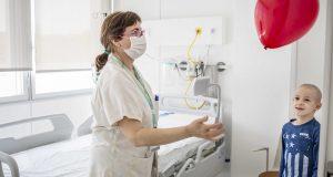 Neix el 1er Banc d'Imatges Infermeres per trencar amb els estereotips professionals i de gènere de les infermeres